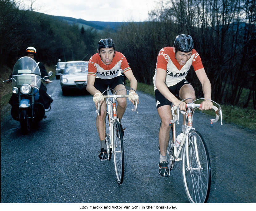 Image of Eddy Merckx and Victor Van Schil
