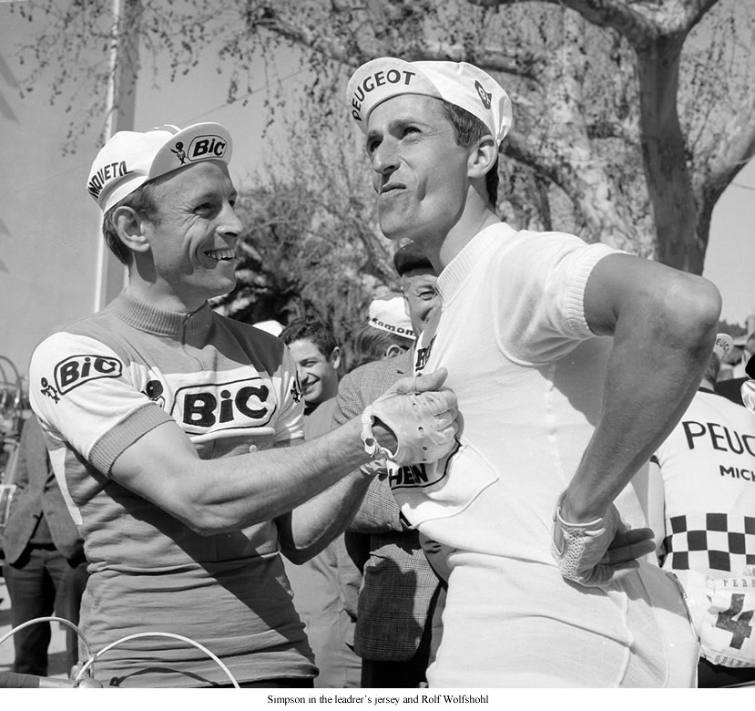 Simson wearing the leader's white jersey and Rolf Wolfshohl
